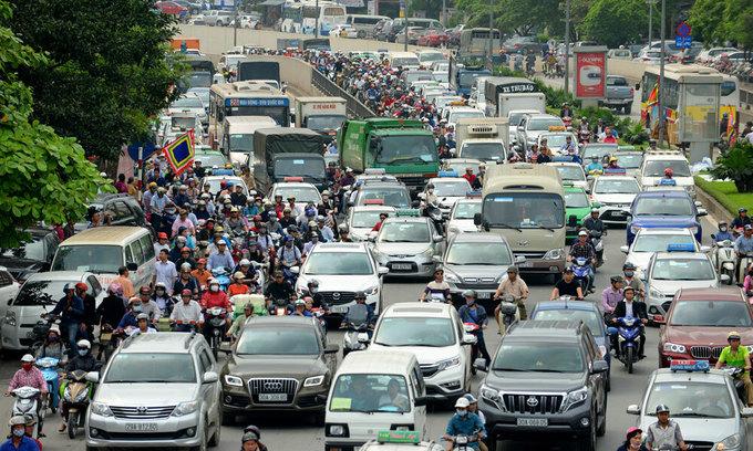 Imported car sales soar despite efforts to tighten imports