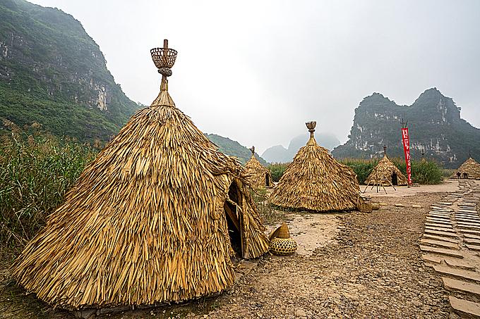 TheKong: Skull Islandfilm set at Trang An tourism complex. Photo by Shuttlestock.