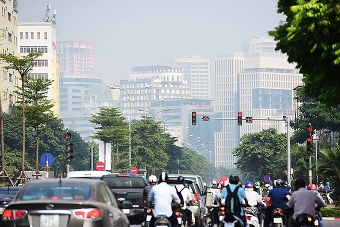 Hanoi authorities have pointed fingers to the large number of vehicles in the city's central area as one of the main causes of air pollution.They also said it was because of a seasonal transition and a periodical episode - The city is in the transition from summer to fall and then winter. Therefore this is just a periodical phenomenon that happens every year, said officials of the Department of Natural Resources and Environment.