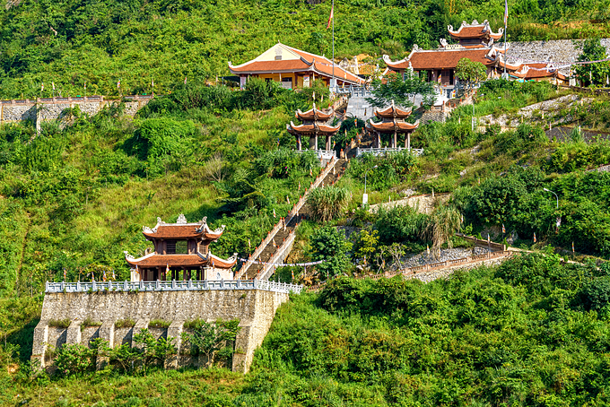 Phat Tich Truc Lam Pagoda is seen from above. Photo by Shutterstock/Jimmy Tran.