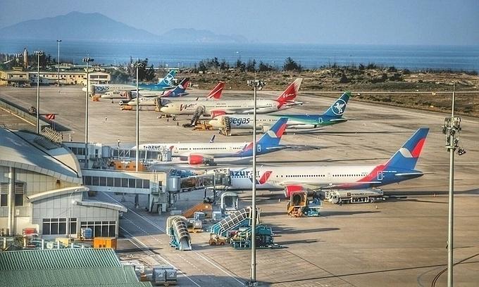 Cam Ranh airport to open second runway next week