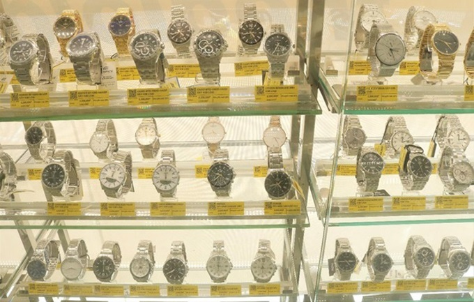 Mobile World has cornered 15 per cent of the watch market in less than six months.