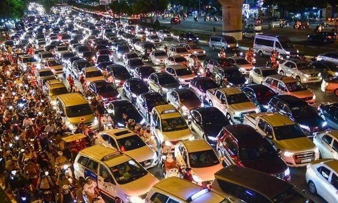 Saigon to double car registration fees