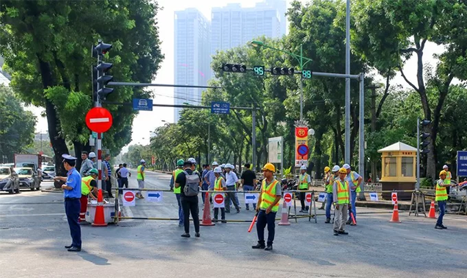 Hanoi to barricade streets for second metro line