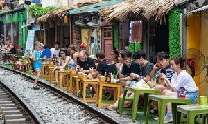 Owners distraught over impending closure of Hanoi Train Street cafés