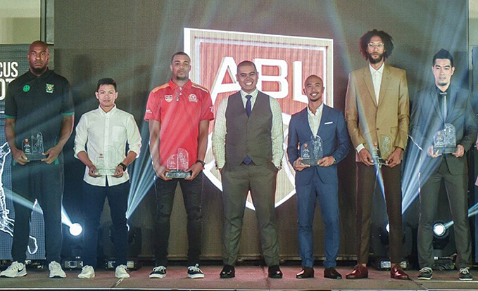 Christ Charles (second from left) at the ASEAN Basketball Leagues Top 10 Players of All Time ceremony in Manila, Phillipines, on October 10, 2019. Photo courtesy of ASEAN Basketball League.