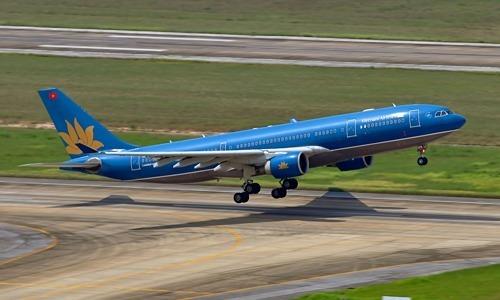 Vietnam flights to Japan delayed as storm threatens Tokyo