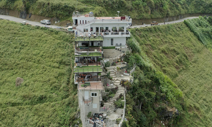 Illegally built hotel in Ma Pi Leng Pass closes