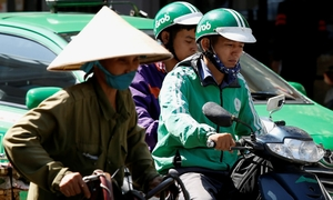 GrabBike drivers brake early, fearing for their lives