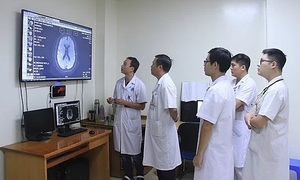Hanoi hospital pioneers switch from radiographic film to digital
