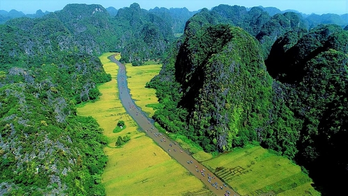 The charming landscape of Ninh Binh in northern Vietnam is captured from above. Photo by VnExpress/Quynh Trang.