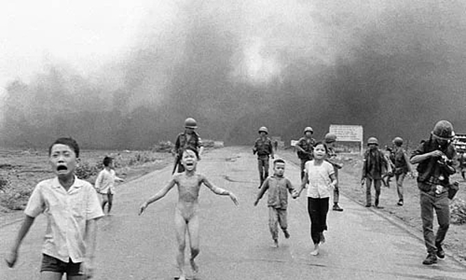 Vietnam War photo of napalm-struck girl most powerful image in 50 years