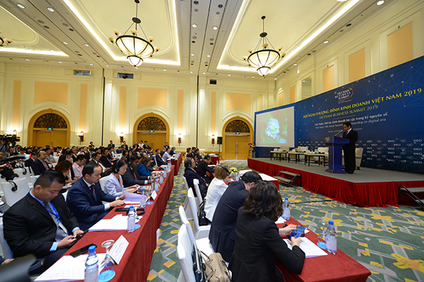 Delegates in Vietnam Business Summit 2019.