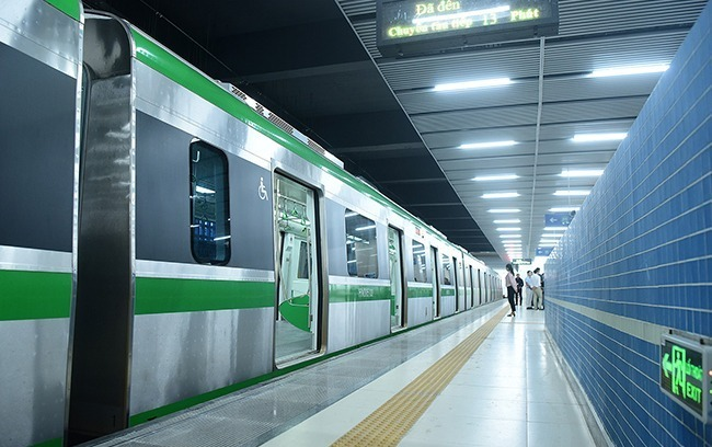 Hanoi first metro line starts 20-day trial run