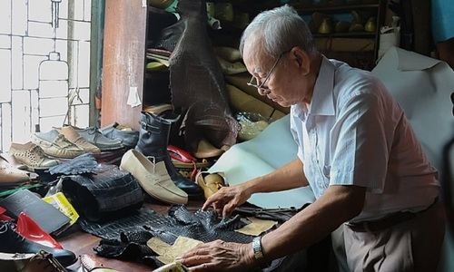 Vietnam's Mr. Gessler, 88, has no intention of dropping the other shoe