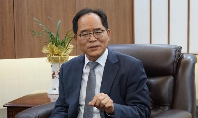 Vietnam, South Korea to curb visa brokering