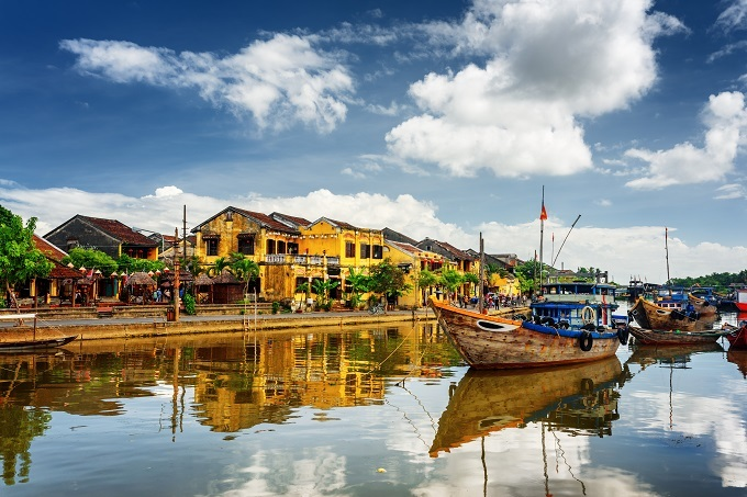 Hoi An Town is located on the banks of the Thu Bon River in the central province of Quang Nam.
