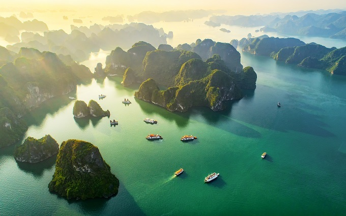 The beauty of Halong Bay, a UNESCO natural world heritage site in Quang Ninh Province, northern Vietnam.