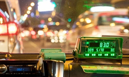 Hanoi taxi driver fined for fleecing British tourist