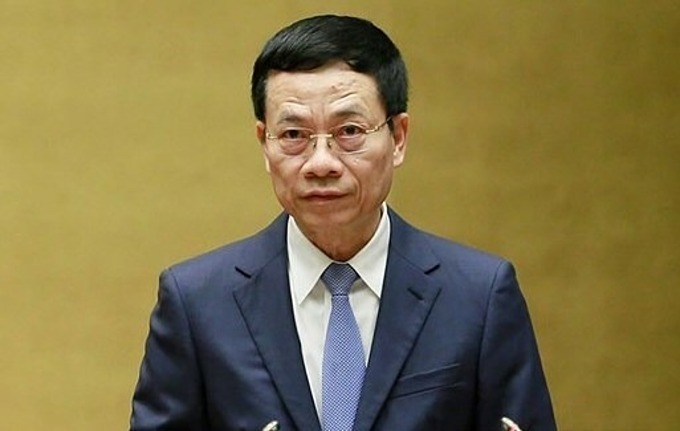 Minister of Information and Communications Nguyen Manh Hung at the Q&A session of the National Assembly meeting in Hanoi, November 8, 2019. Photo courtesy of the National Assembly Press Center.