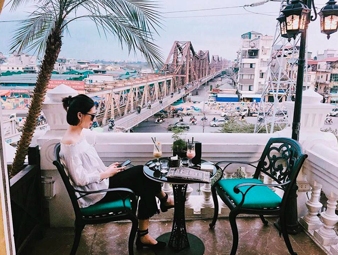 Say it quietly: Hanoi has at least five noiseless cafes