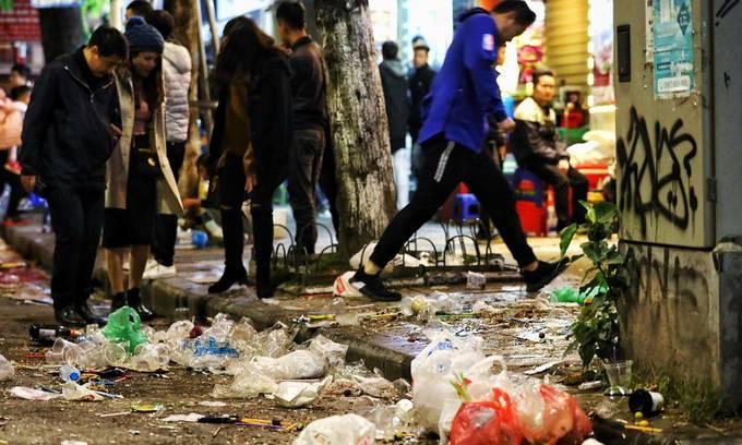 Get drastic against plastic, experts advise Hanoi