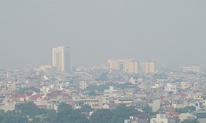 Hanoi air quality climbs to dangerously high levels