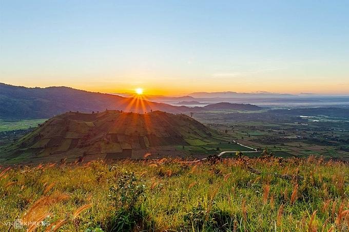 Dawn on the Chu Dang Ya volcano.