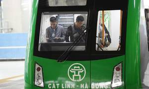 Staff quitting Hanoi metro line are low-skilled workers, company claims
