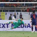 Vietnam, Thailand draw in World Cup qualifiers