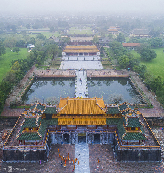 Fog descends upon Hue Imperial Citadel, the seat of Vietnams last royal rulers, the Nguyen Dynasty, who reigned from 1802 to 1945.