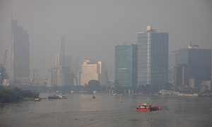 Haze envelops Saigon again as air pollution reaches hazardous levels