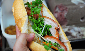 Come rain or shine, these five Saigon banh mi stalls draw crowds