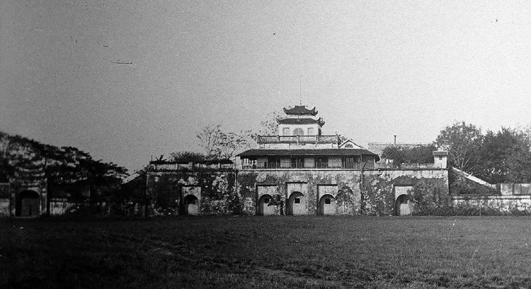 Doan Mon gate was renovated as French Army base.