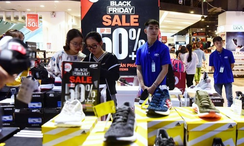 74 pct of Vietnamese men to shop on Black Friday: survey
