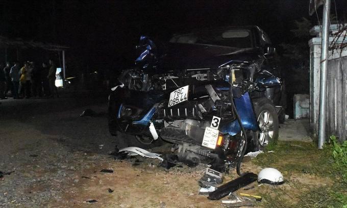 Pickup truck slams bikes, kills four in central Vietnam