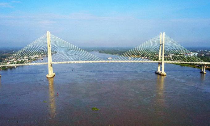Vietnam mulls $194 mln expressway in Mekong Delta province