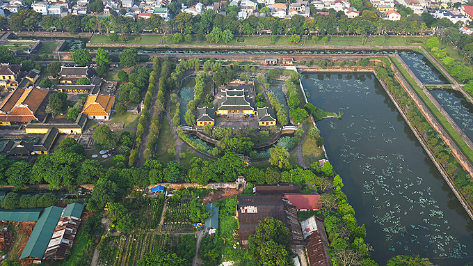 Green trees cover the entire Hue Imperial Citadel, which used to witness the rise and fall of the Nguyen Dynasty, the last ruling royal family in Vietnams history (1802-1945).