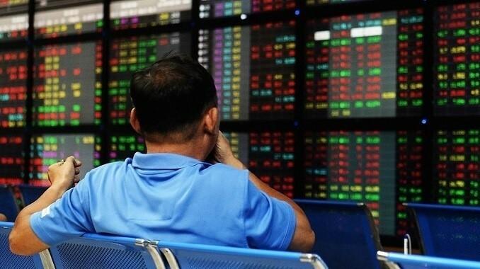 VN-Index nudges upwards in quiet session