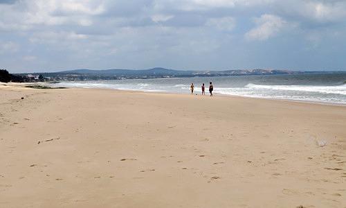 Swedish tourist drowns in central Vietnam beach