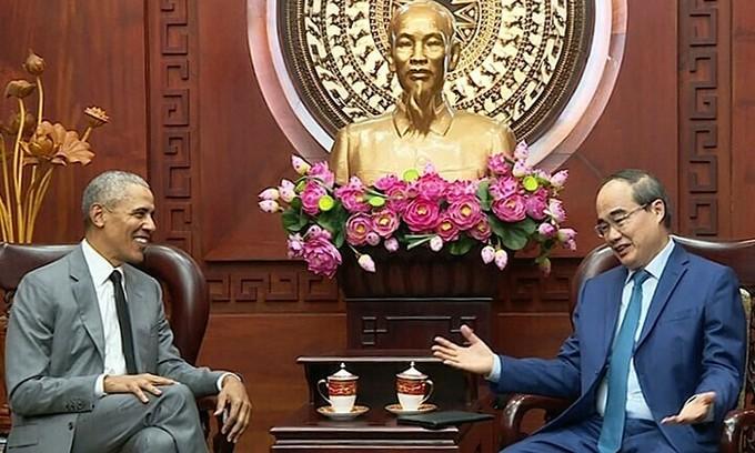 Former US President Obama visits HCMC