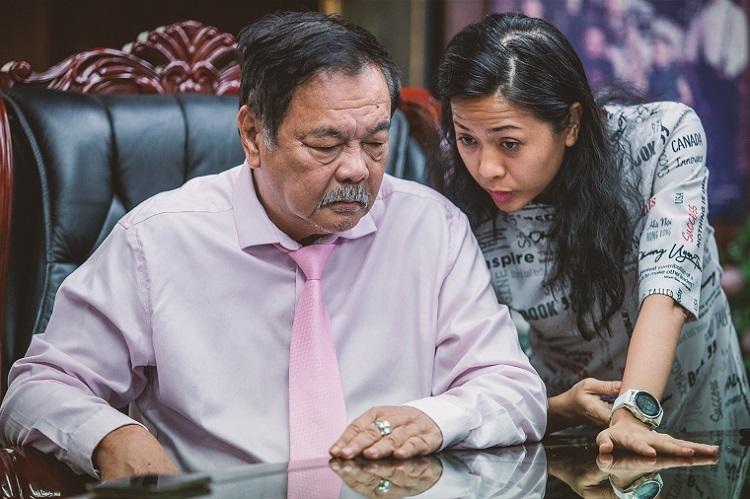 Tran Qui Thanh and his daughter, Tran Uyen Phuong,Deputy CEO ofTan Hiep Phat.