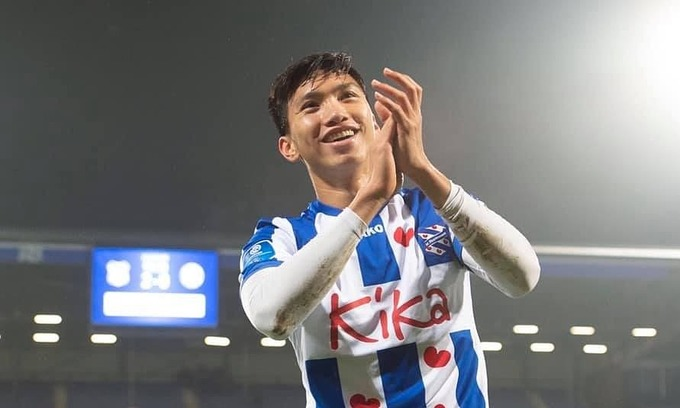 Van Hau makes debut for Heerenveen