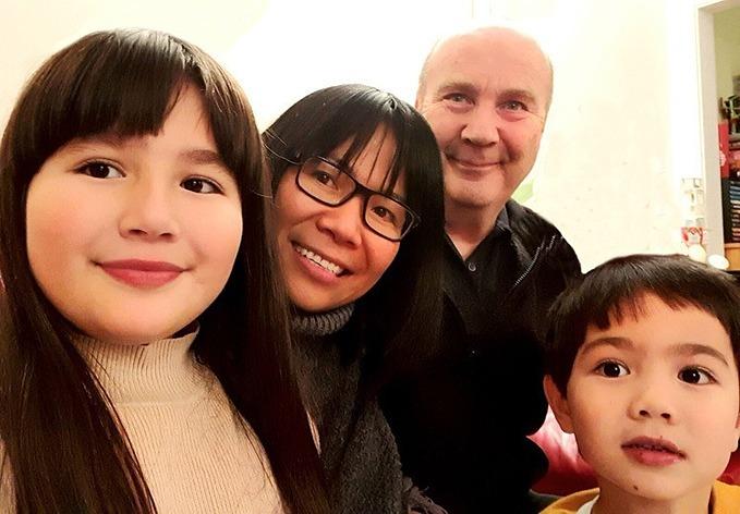 Ngan, her husband and children. Photo by VnExpress/V.N.
