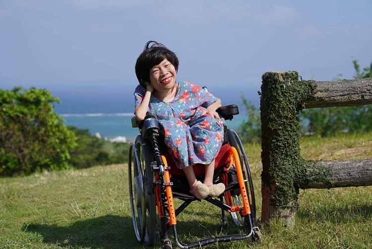 Nguyen Thi Van, CEO and a co-founder of the Will to Live Center, which dedicates for the disabled. Photo acquired by VnExpress.