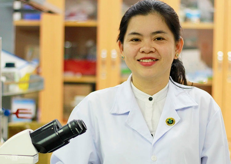 Doctor Nguyen Thi Hiep. Photo by VnExpress/Duc Toan