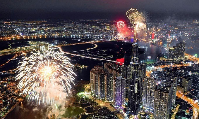 HCMC plans fireworks, outdoor concert to welcome New Year