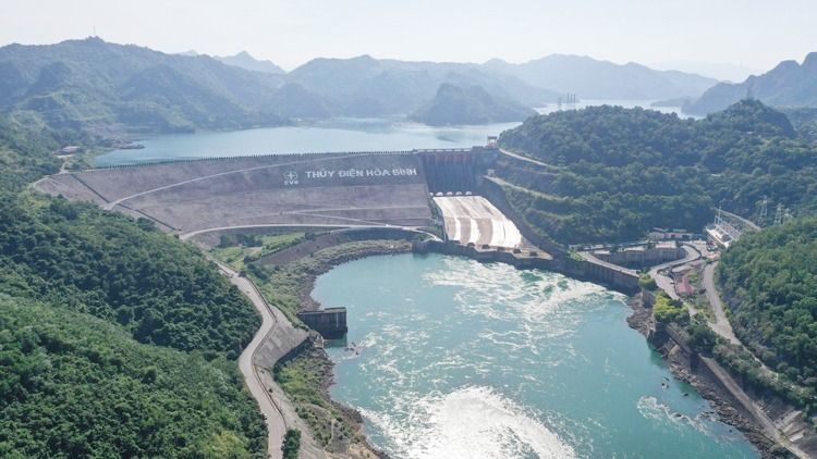 Hoa Binh hydropower project, the biggest of its kind if Vietnam. Photo by VnExpress/Ngoc Thanh