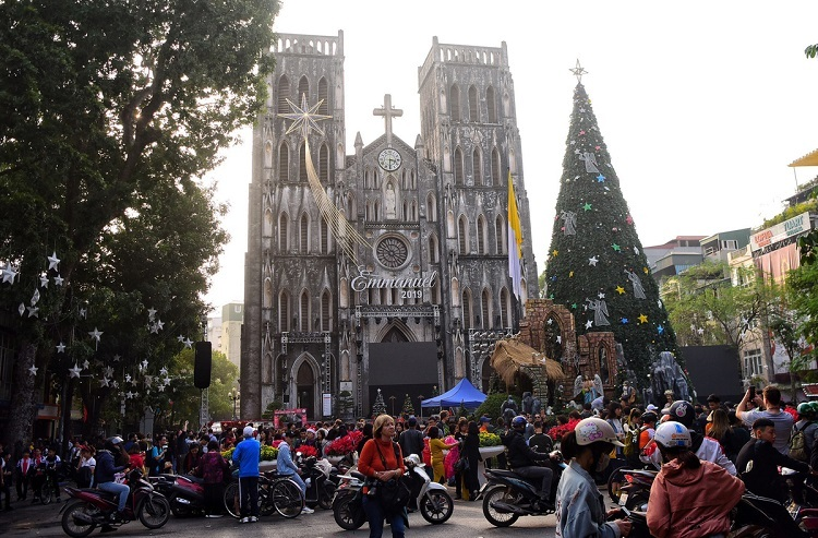 The cathedral draws thousands of visitors, locals and foreigners during the Christmas season.