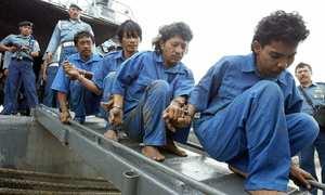 Piracy flare-up triggers Strait alert